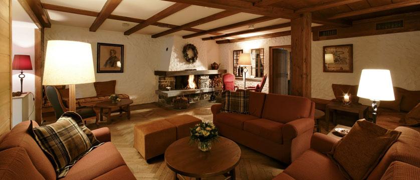 Hotel Alpenrose, Wengen, Bernese Oberland, Switzerland - lounge with fireplace.jpg